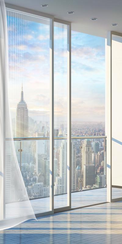 Фреска вид на небоскреб с балкона