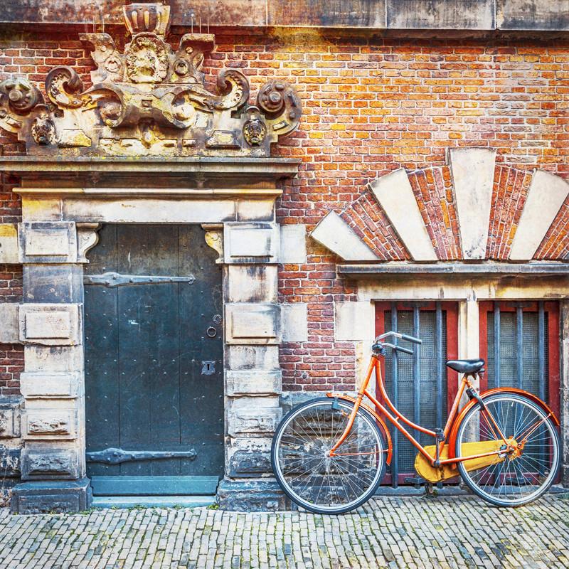 Подъезд велосипед